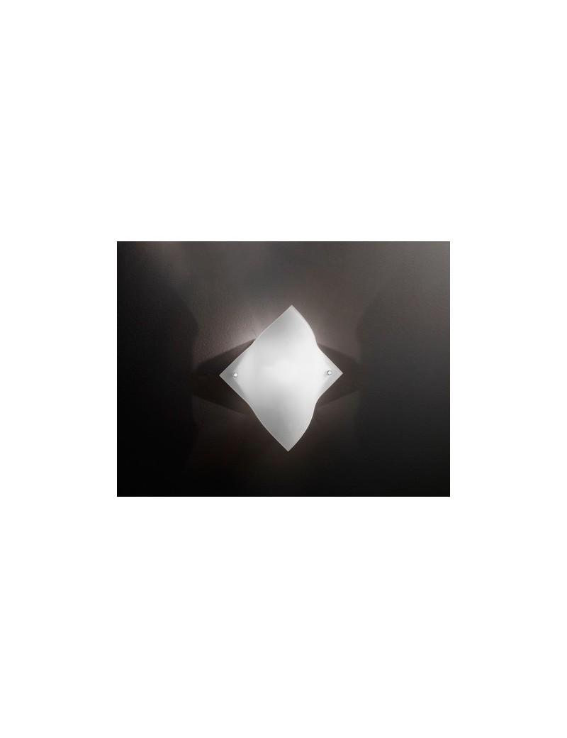 PERENZ: Applique in vetro satinato e modellato in offerta