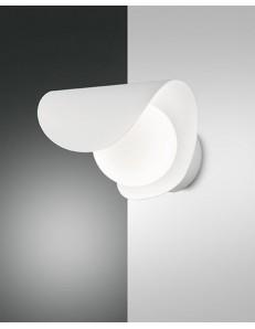 FABAS LUCE: Adria applique LED moderna sferica con lastra curva in metallo bianco in offerta