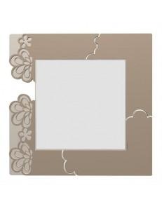 CALLEADESIGN: Merletto specchio da parete legno traforato colore caffelatte in offerta