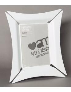 ARTI e MESTIERI: Morgana piccolo portafoto bianco soprammobili moderni particolari in offerta